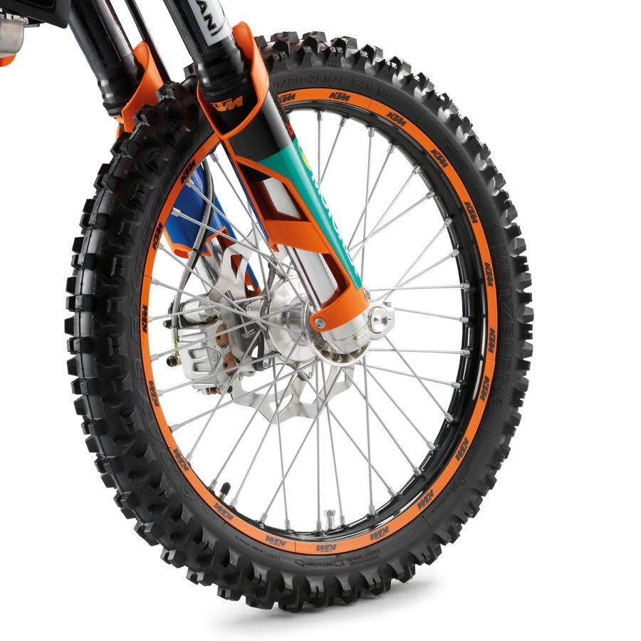 COPERCHIO POMPA FRENO ANTERIORE - 690 LC4 - X-Rider